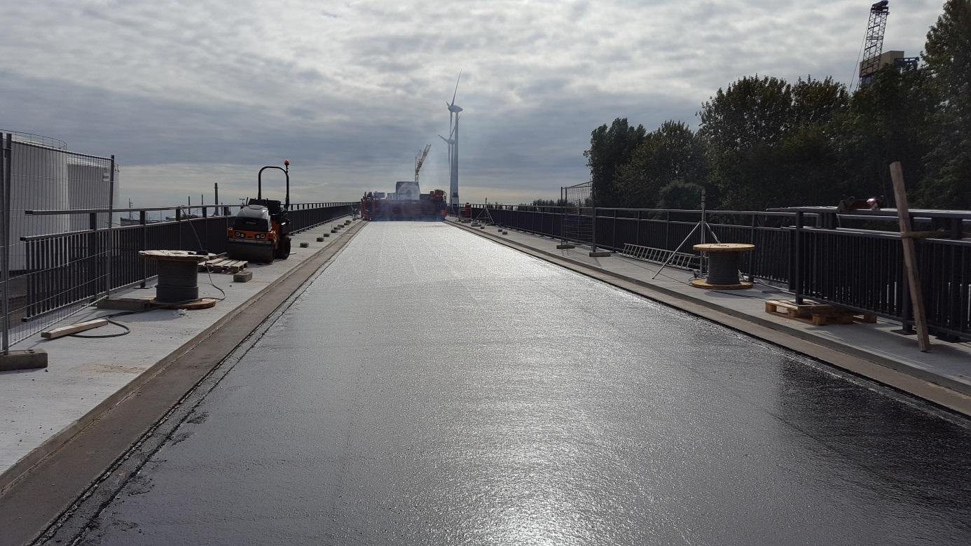 Neubau Bahnbrücke Kattwyk in Hamburg - Abdichtung/Gussasphalt